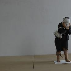 Anna Baumgart,<br />Weronika. AP<br />2006<br />resin, acrylic<br />installation view