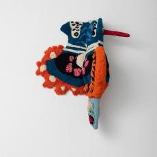 Anna Perach<br />Frida<br />2020<br />tufted yarn and wooden frame<br />130x150x90cm