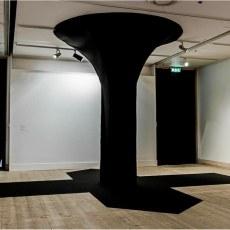 Małgorzata Markiewicz<br />Black Column<br />2013<br />black and dark grey felt<br />400x600x900-cm