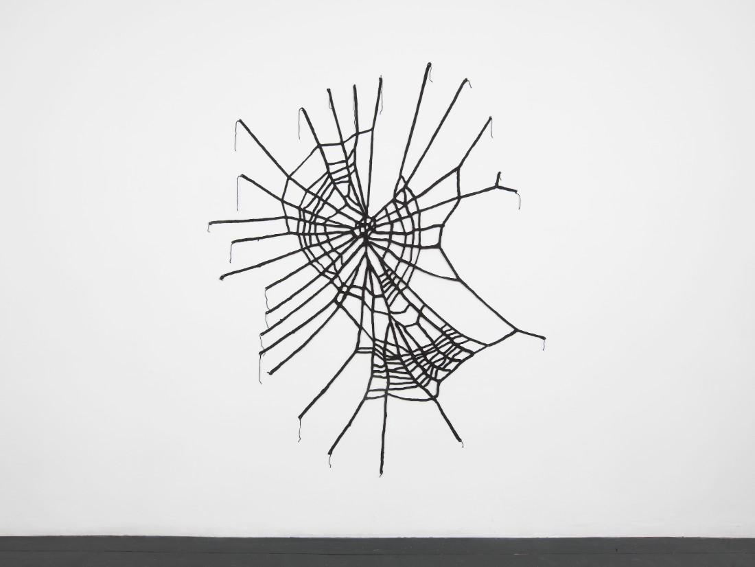 Benzedrine, 2016, yarn, 170 x 140 cm