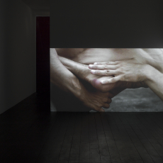 Grzegorz Stefański, choke, 2017, one-channel film installation, dimensions variable duration 10min., looped, edition 3+2AP. Director of photography: Mikołaj Syguda. Choreography and performance: Mateusz Korcz i Andrzej.