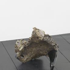 István Szabó, Black boulder, 2017, ceramic, London brick, black varnish, 19.5 x 26 x 33 cm, 29 x 32 x 19 cm