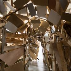 Tatiana Wolska<br />Habitat Potentiel pour une Artiste<br />2018<br />installation view, Galerie de la Marine, Nice