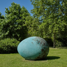 Joanna Rajkowska<br />The Hatchling (Common Blackbird)<br />Frieze Sculpture, Regents Park<br />2019